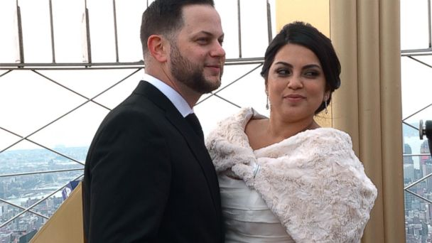 VIDEO: See these couples have Valentine's Day weddings atop the Empire State Building
