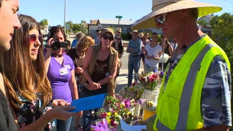 After a local flower vendor was robbed, the community pitched in to help.