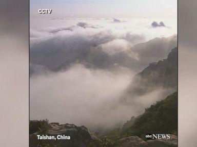 WATCH:  'Cloud sea' blankets mountain in China