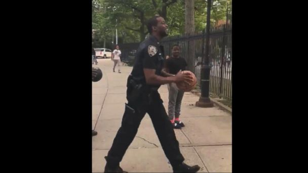 VIDEO: NYPD officer makes epic throw on Bronx basketball court