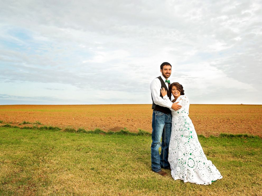 PHOTO: Bride Creates Her Own Crocheted Wedding Gown Using Nearly 3 Miles of Yarn