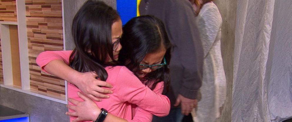 "PHOTO: Twins Audrey Doering and Gracie Rainsberry, who were separated at birth, meet for the first time on ""Good Morning America,"" Jan 11, 2017."