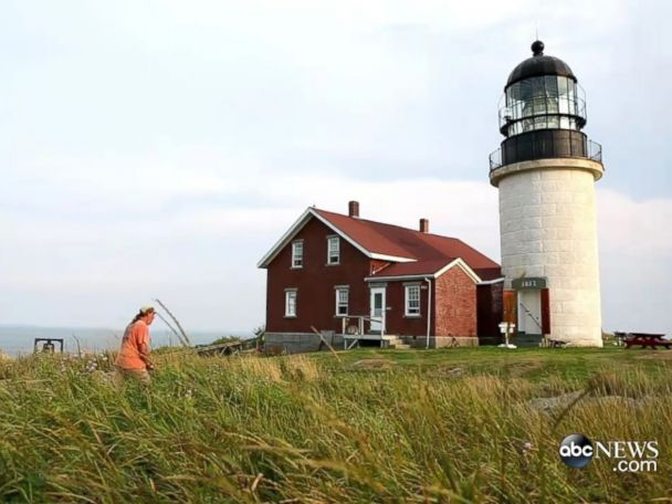 WATCH:  Couple Leaves It All Behind for Dream Job at Remote Lighthouse
