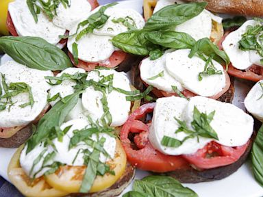 PHOTO: Emeril Lagasses Sandwich Caprese
