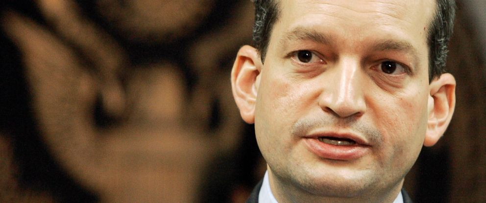 PHOTO: U.S. Attorney R. Alexander Acosta talks to reporters during a news conference in Miami, Sept. 17, 2008.