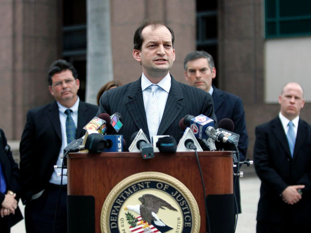 PHOTO: United States Attorney Alexander Acosta speaks to the media, Feb. 27, 2007, in Miami, Florida.