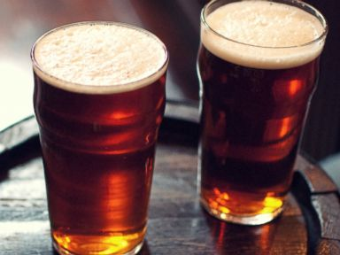 PHOTO: Colleges are adding craft brew to their class offerings.