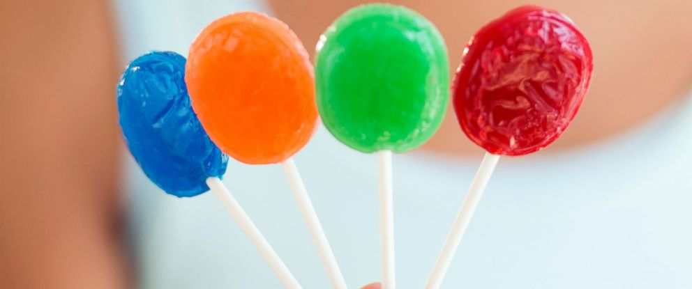 PHOTO: A new study has determined exactly how many licks it takes to get to the center of a lollipop.
