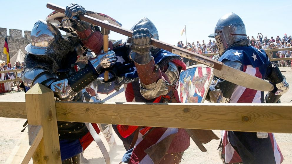 PHOTO: International Medieval Combat