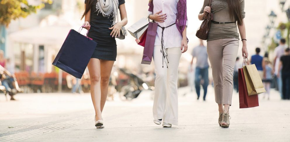 PHOTO: A new company is letting women send in and trade high-end fashions for gift cards.
