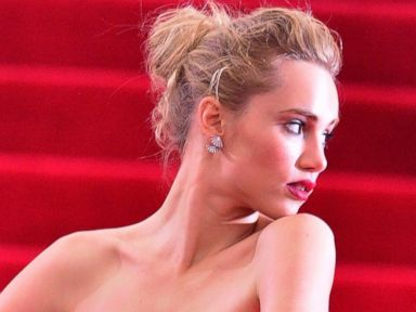 The 'Skinny Arm' and Other Met Ball Poses