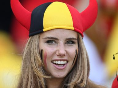 World Cup Beauty Deletes Controversial Photo, Completes L'Oreal Contract