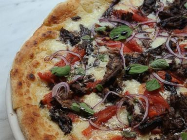 PHOTO: Ottos Short Rib (RED) Pizza