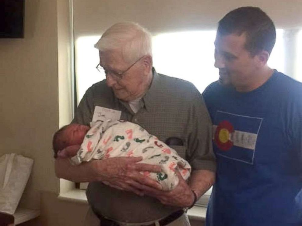 PHOTO: Three generations of boys in this family share a July 1 birthday.