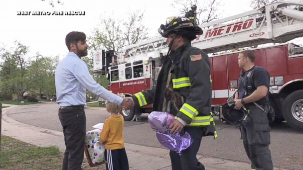 PHOTO: Firefighters of West Metro Fire Rescue in Lakewood, Colorado, helped a boy retrieve his balloon from a tree that he sent up to