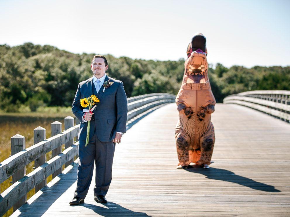Bride In T Rex Costume Has Roaring Success Surprising Groom At First Look