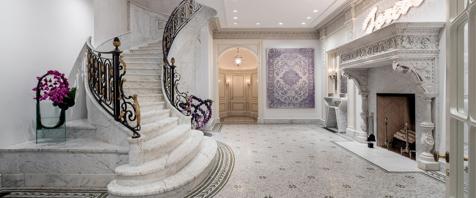 Luxurious new york city mansion on the market for 84 5 for Manhattan mansions for sale