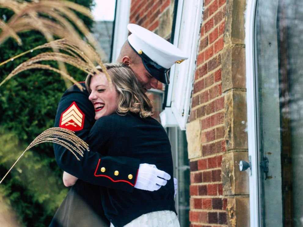PHOTO: Jon Trommer, a Marine, surprised his girlfriend by popping the question on her snowy doorstep.