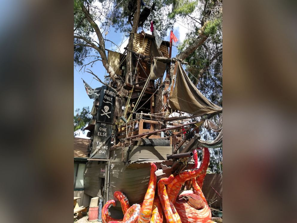 Arizona Man Builds Foot Tall Pirate Ship Treehouse In His