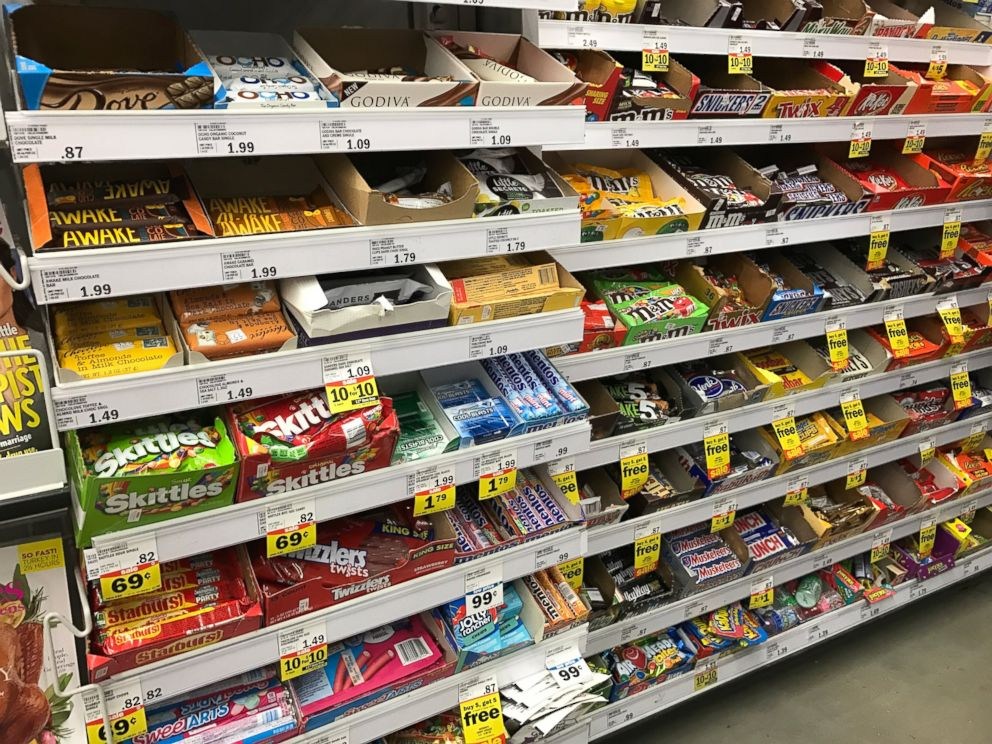 PHOTO: Jane Kramer, 47, of Bath Township, Michigan, started a Change.org petition online in hopes her grocery store chain, Meijer, will replace junk food with healthy snacks and tabloid magazines with children-friendly literature in checkout lines.