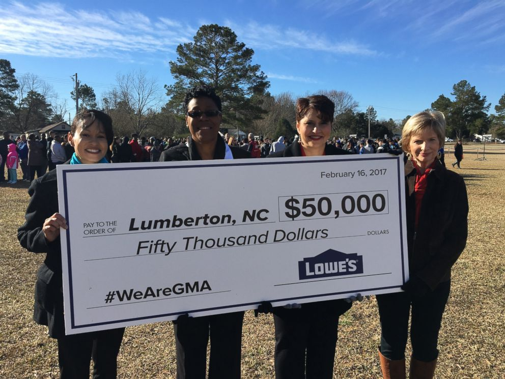 PHOTO: Lowes donated $50,000 to help rebuild the recreational center in Lumberton, N.C., which had been damaged in the flooding.