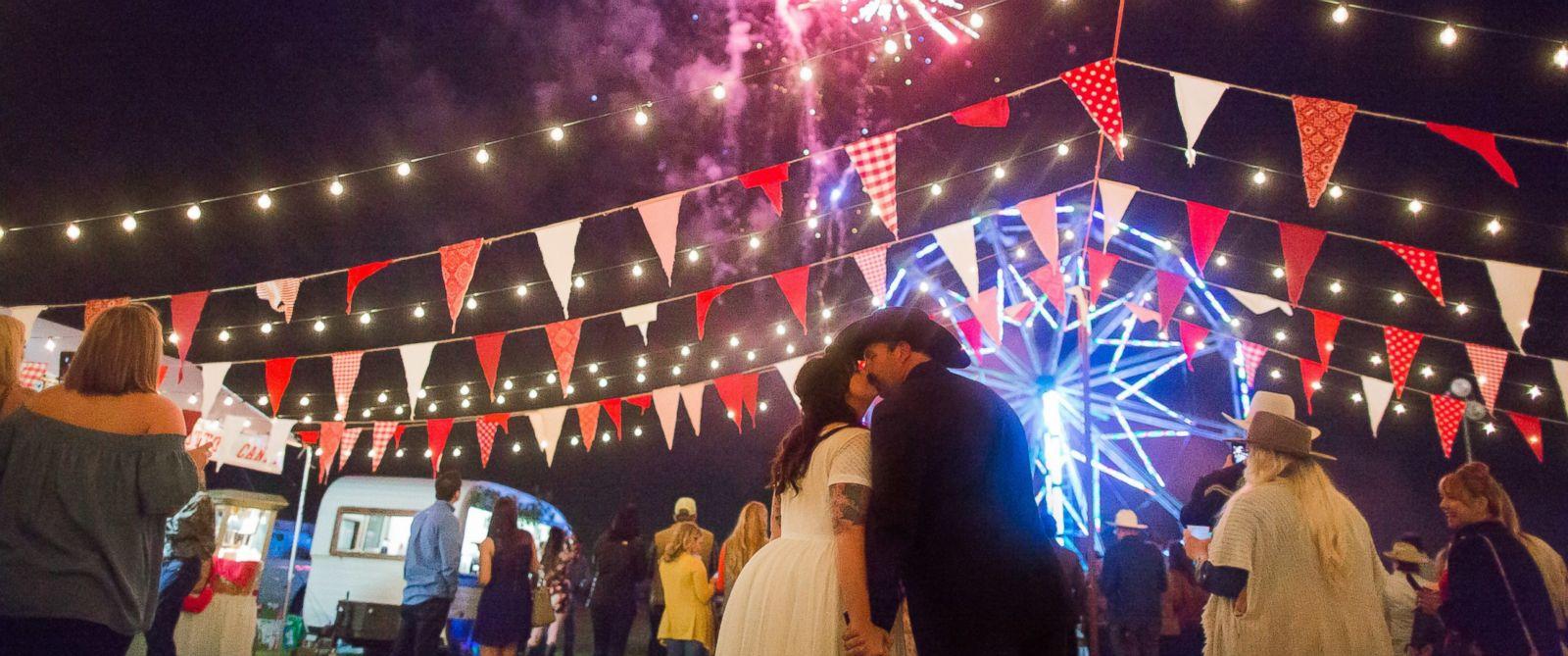 PHOTO: Evan and Melissa Tate, of Rockwall, Texas, threw an elaborate state fair-themed wedding on their familys 700-acre farm.