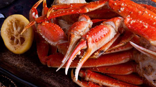 PHOTO: 2 Chainz's recipe for beer-steamed snow crab legs.