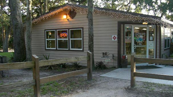 PHOTO: Captains BBQ Palm Coast, FL