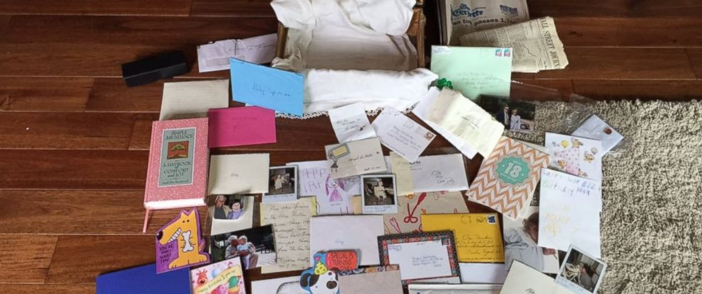 PHOTO: Abby Van Metre of Cedar Rapids, Iowa, received a time capsule filled with letters from lost loved ones on her 18th birthday.