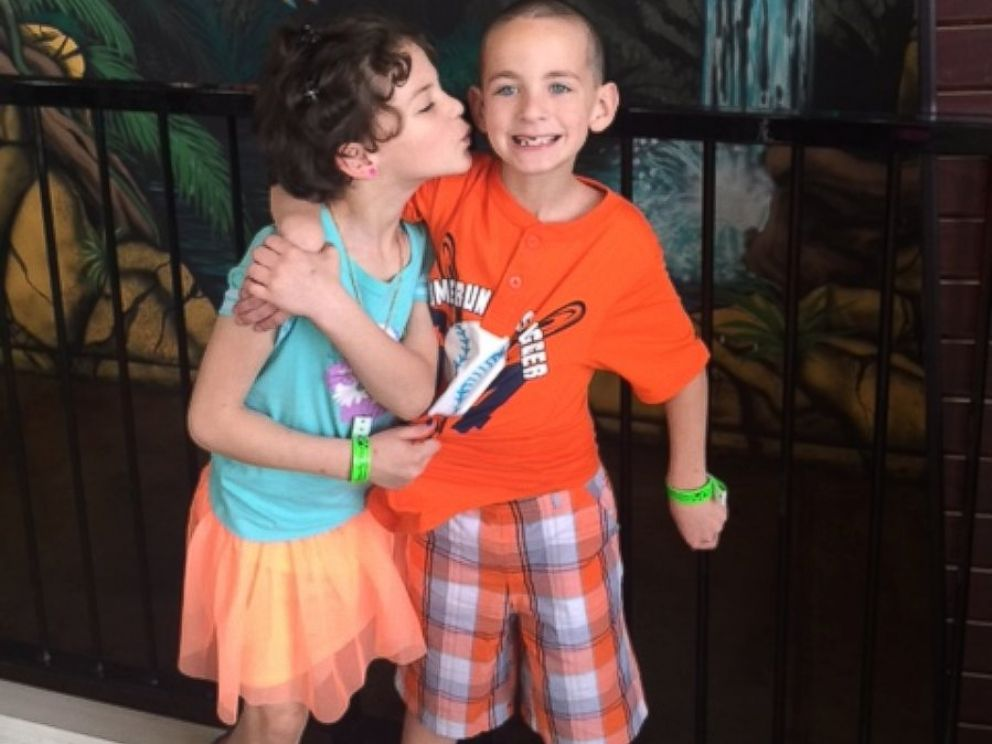PHOTO:Elizabeth is best friends with her twin brother, Logan, who sticks up for her at school.