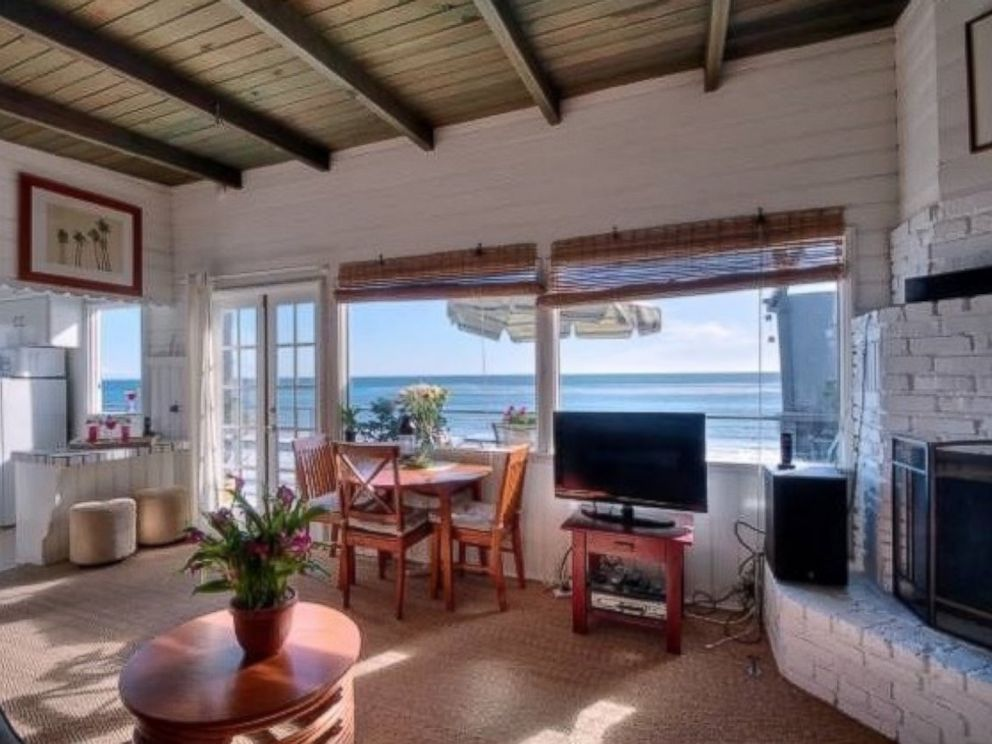 PHOTO: Brady Bunch star Eve Plumb recently closed a $3.9 million sale on a Malibu, California, beach house she purchased for $55,000 at the age of 11.