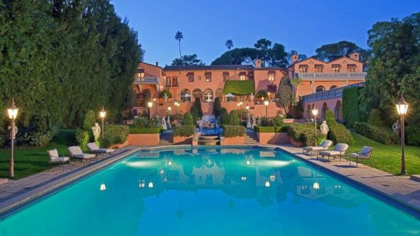 HT HearstMansion 1 mar 140404 16x9 608 Beverly Hills Estate With Starring Roles in Movies on Sale for $135M