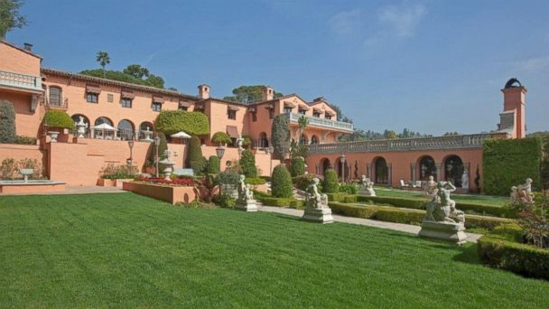 HT HearstMansion 3 mar 14040 16x9 608 Beverly Hills Estate With Starring Roles in Movies on Sale for $135M