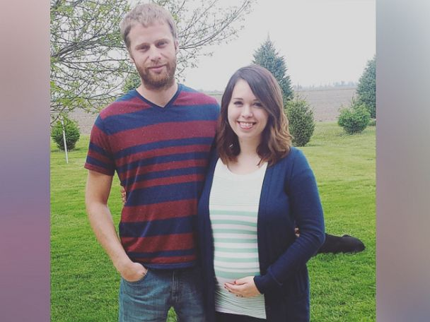 PHOTO:Macy Rodeffer hopes to inspire others through her IVF-themed pregnancy announcement.