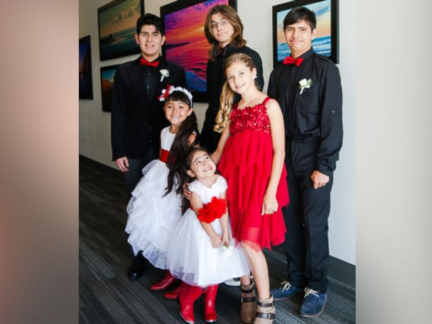 PHOTO:The wedding was held at the Love & Autism conference in San Diego, California.