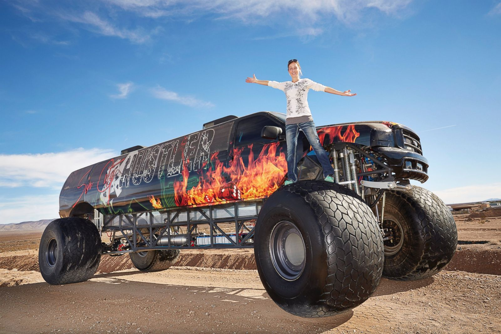 The Truck That Broke The Internet >> Picture | How Bizarre: Guinness' Latest Oddball World ...