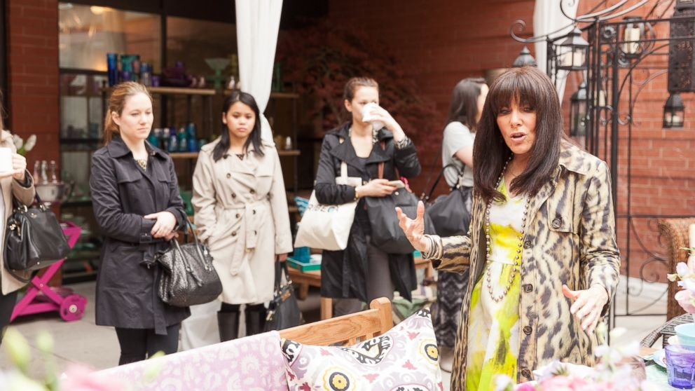 PHOTO: Celebrity party planner Mindy Weiss shares easy party tips at a recent event hosted by HomeGoods.