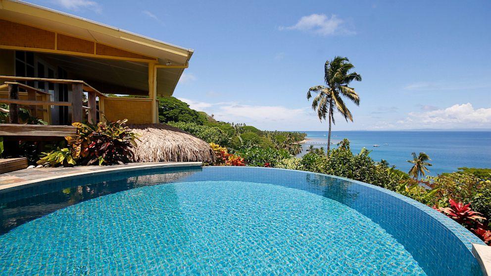 10 Stunning Vacation Home Infinity Pools Abc News
