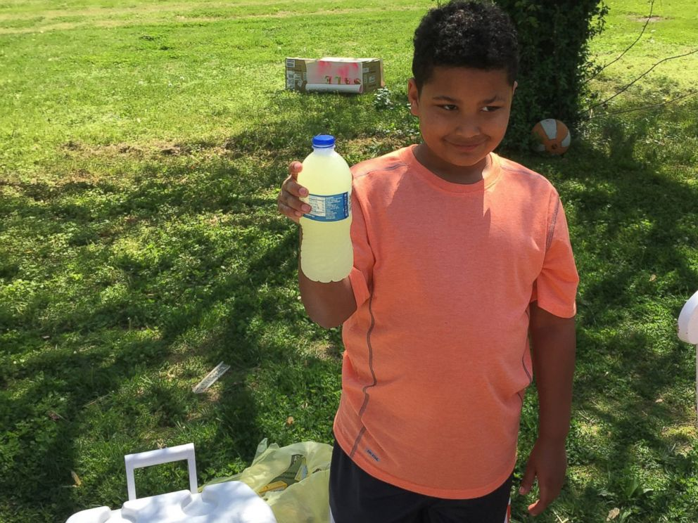 PHOTO: Tristan Jacobson, 9, set up a lemonade stand outside his home in