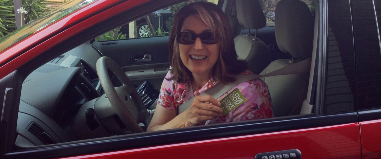 PHOTO: One woman started a pay-it-forward chain at a Florida Chick-fil-A that lasted 38 cars.
