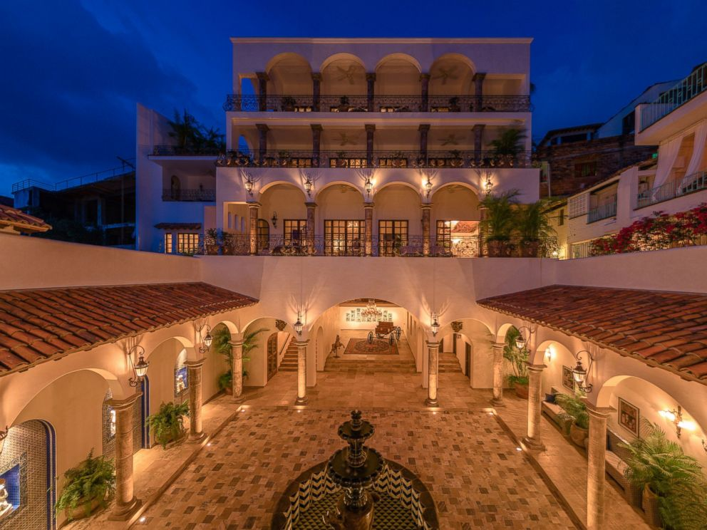 PHOTO: The courtyard of Casa Kimberly, a newly renovated hotel, previously owned by Elizabeth Taylor and Richard Burton.