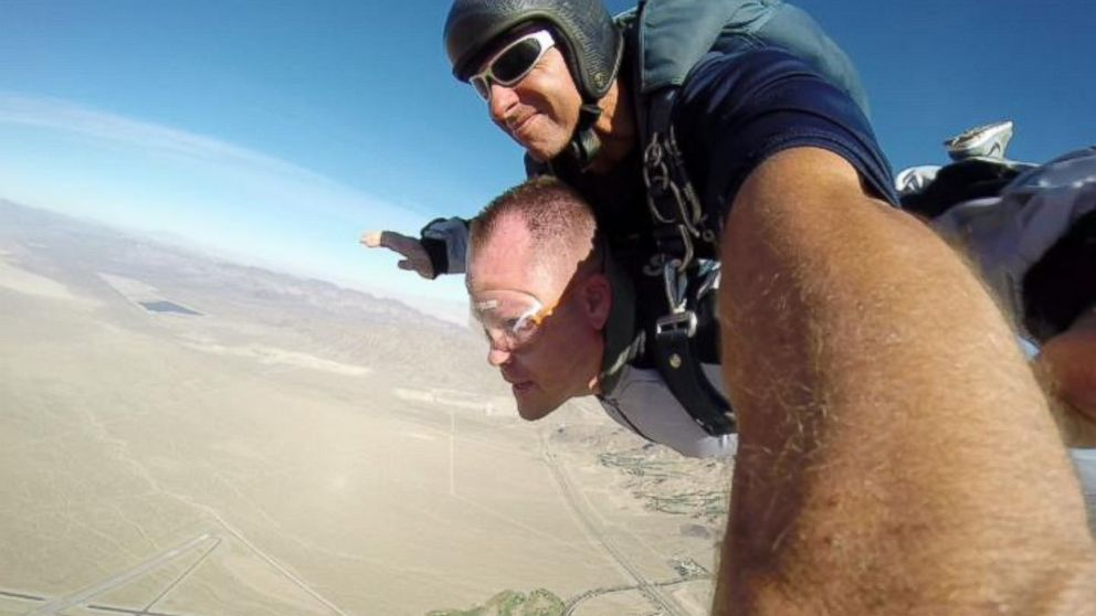 "PHOTO: Kenny Heuer went skydiving over Las Vegas for his ""divorce party."""