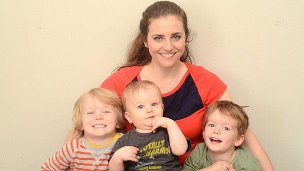 Breastfeeding Mom Gets Free Pizza Abc News