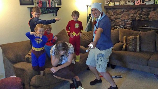 HT frisbie family utah family thg 130716 16x9 608 Not Another Boy!: Familys Funny Photo Goes Viral