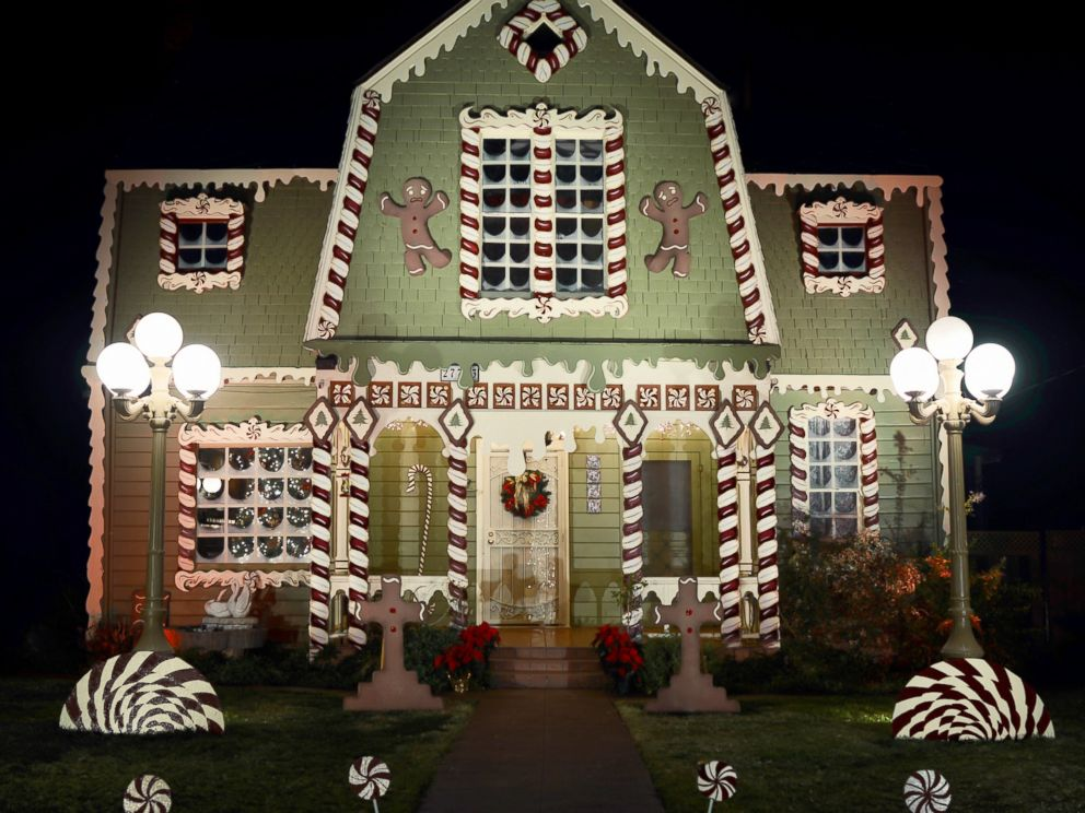 PHOTO: Ive Always Decorated It For Christmas But Never Something Like This,  Photographer And