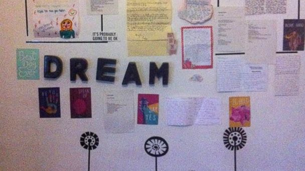 HT letters wall jef 140512 16x9 608 Woman Pens More Than 3,000 Handwritten Notes to Strangers