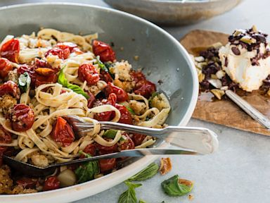 PHOTO: Ali Larters Roasted tomato linguini
