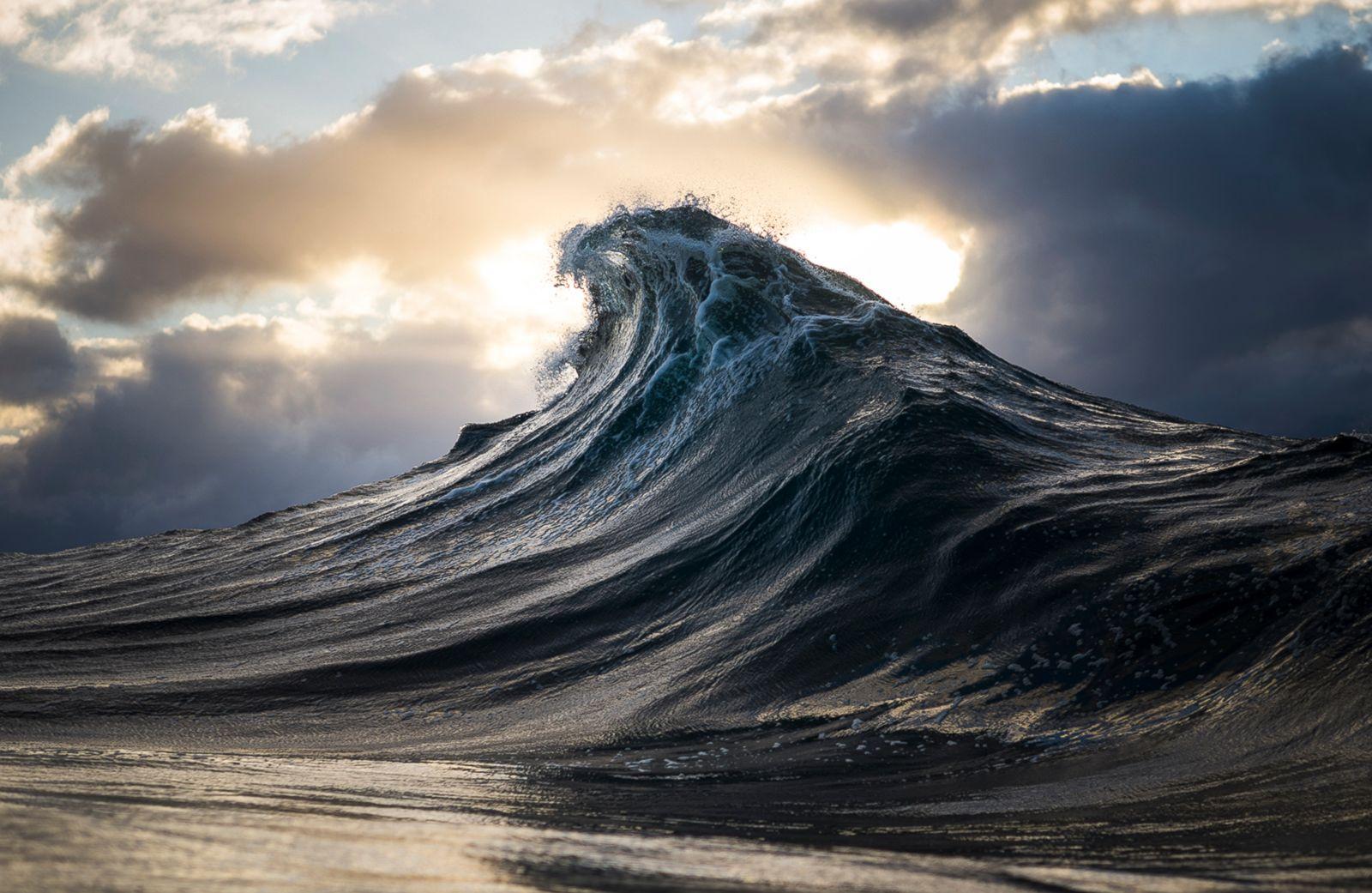 Mountainous Waves Photos | Image #11 - ABC News