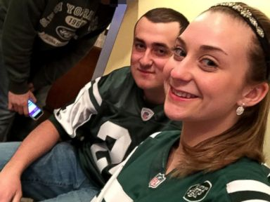 Teen 'Pretty Speechless' After New York Jets 'Prom-Posal'