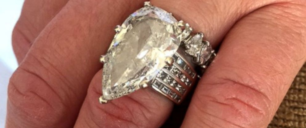 PHOTO: Bernie, 54, of St. Louis, Missouri, said he accidentally threw away his wife Carlas 12.5 carat wedding ring, worth $400,000, in the trash on March 13.